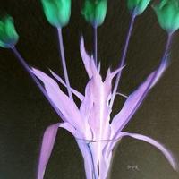 Tulipany w wazonie.