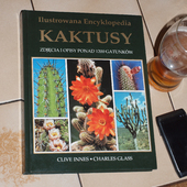 Moja nowa lektura ;-D (Kupiona 10.Pażdziernika 2012r.)