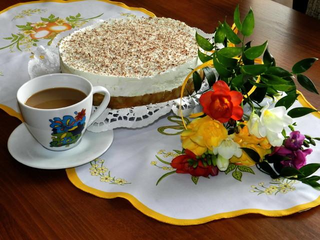 Zapraszam na kawę i ciasto.