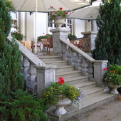 Ukwiecone schody