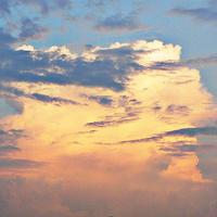 Chmury przedwieczorne