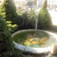 Mała fontanna na rynku