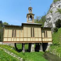Kapliczka na wodzie w Ojcowie