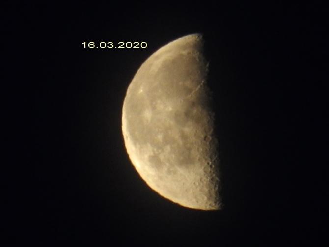 Księżyc.....
