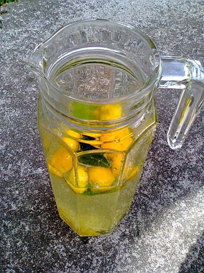Lemoniada...