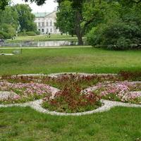 Kwietnik w parku w moim mieście