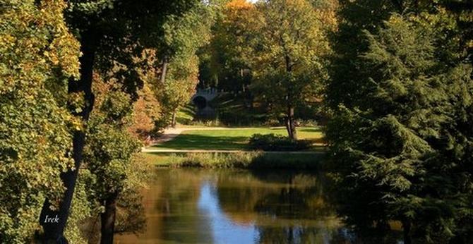 Widok jesienny w Łazienkach Królewskich